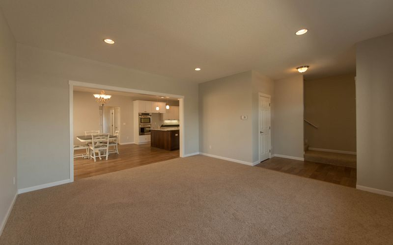2222,Great-Room,White-Trim