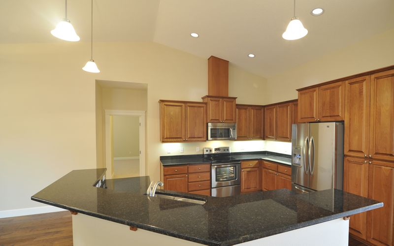 2256,Kitchen,Kitchen-Island,Stainless-Steel-Appliances,Vaulted-Ceilings