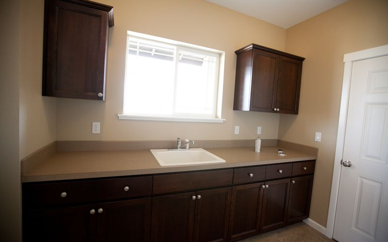 2659,Laundry-Room,White-Trim